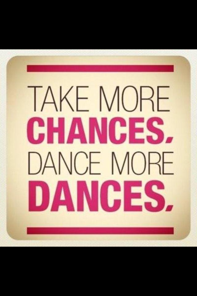 ¿Te gusta bailar? / Do you like to dance? -¡¿Qué si me gusta bailar?! Uhhf! ME ENCANTA. / I LOVE TO DANCE.