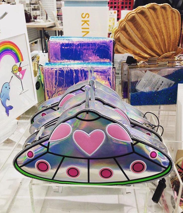 Skinny dip London bag // Patrizia Conde