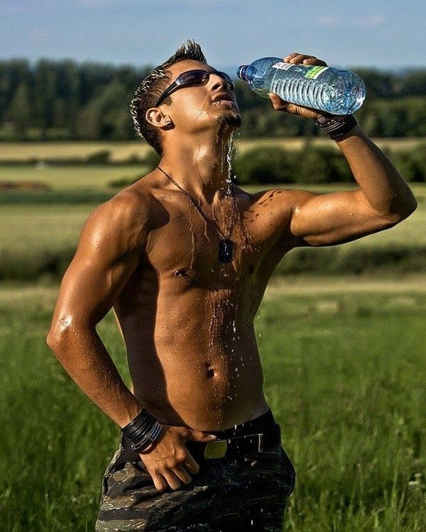 Love a Man in Uniform, and who is shirtless and pours water down the front of his rocking hot body!!!!♡