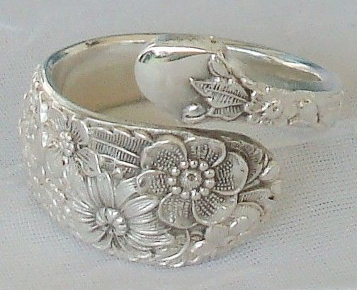 Wedding Bouquet  Vintage Alvin 1932 Sterling Silver Spoon Ring dmfsparkles. $68.00, via Etsy.
