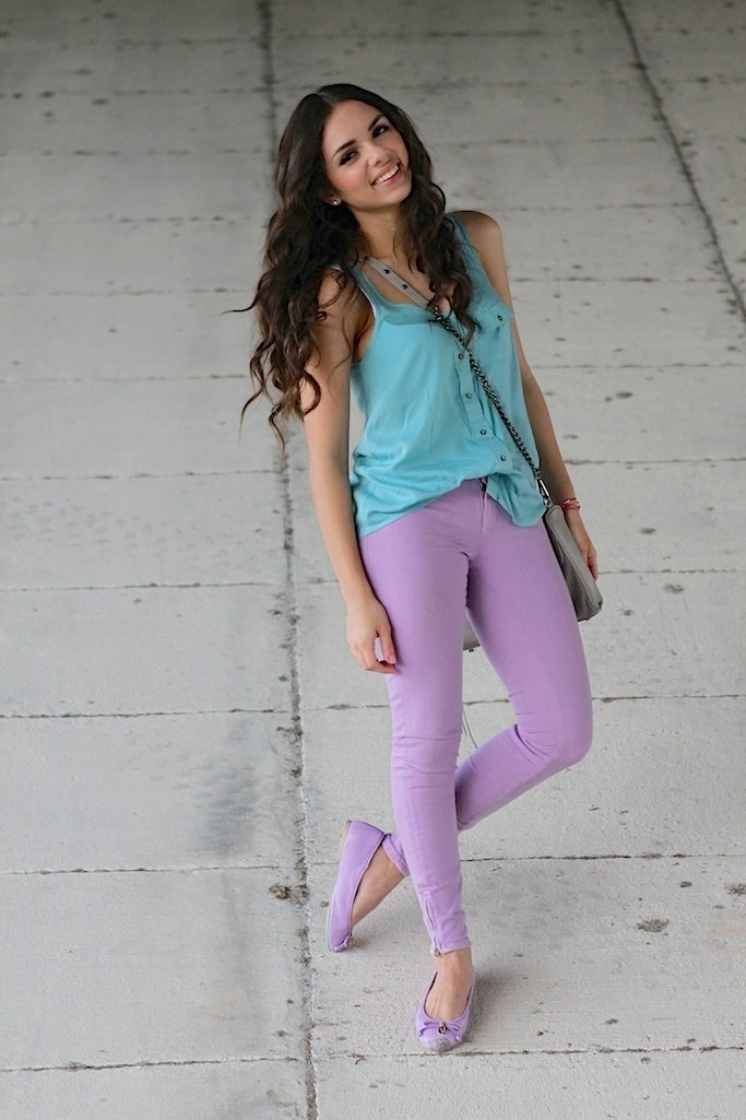 lilac jeans // shoes and aqua top = pastel colorblocking at its best