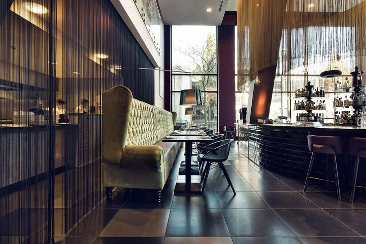 In the sophisticated design restaurant of Inntel Hotels Art Eindhoven you can enjoy culinary delights.