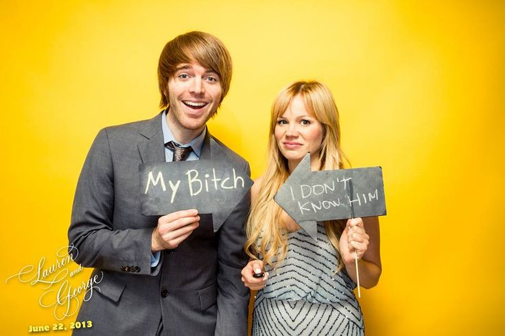 Shane Dawson with beautiful, Girlfriend Lisa Schwartz