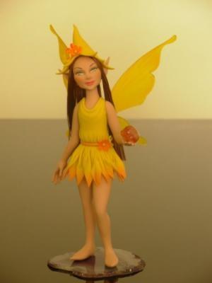 fada amarela, yelow fairy escultura,