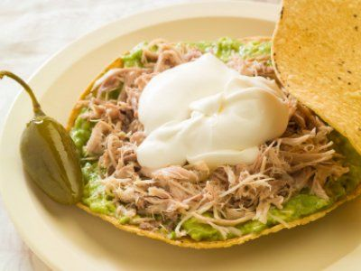 Roasted Chicken  Tostadas Recipe - in Spanish