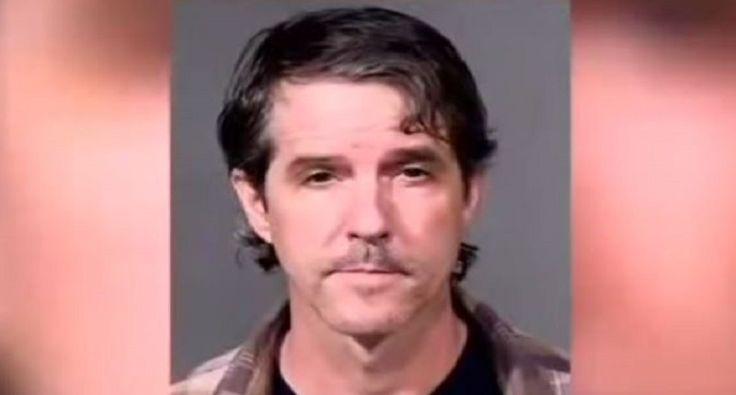 Notorious Arizona border vigilante can personally cross-examine little girls he is accused of molesting