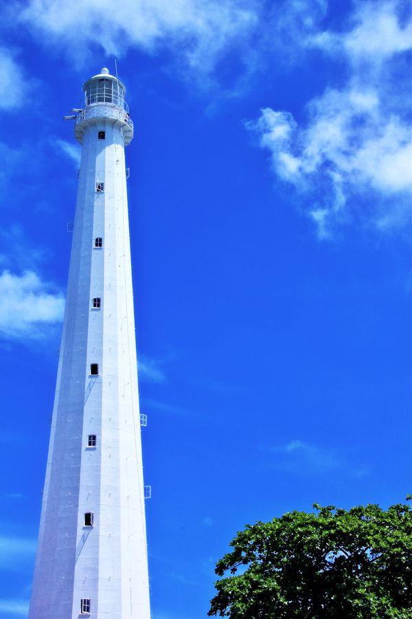 lighthouse of lengkuas island by Ismed Hasibuan, via 500px