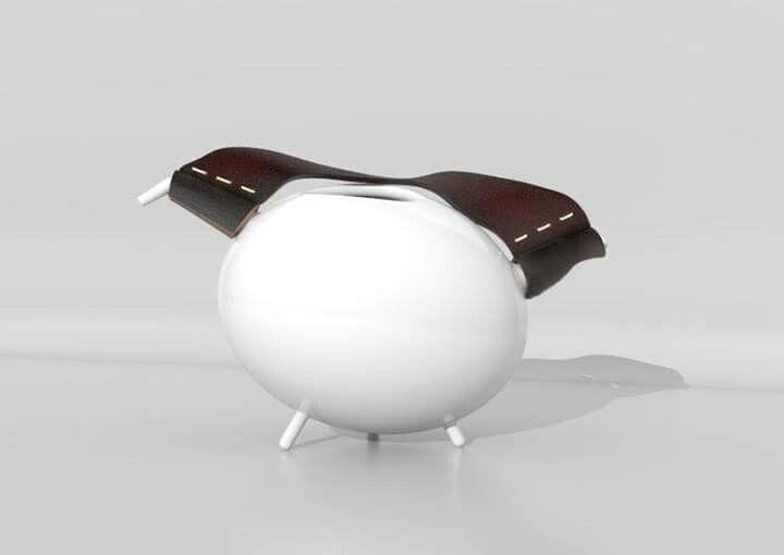 Leakettle - čajová konvička z keramiky a koženého pásku