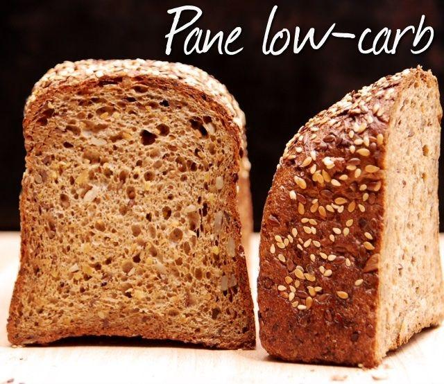 Pane a basso contenuto di carboidrati, con farina di lupini e proteine della soia. Low-carb bread.