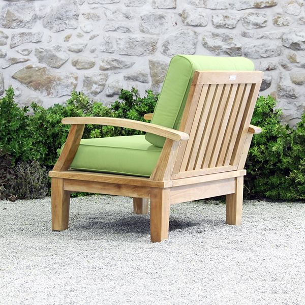 Outdoor chairs allow you to relish the sunlight and breeze. Our patio chairs represent our outdoor furniture collection; quality materials make the Ravello Deep Seating Armchair ideally suited for the patio. Ourdining chairs are available year round. Modern patio furniture, sale prices.
