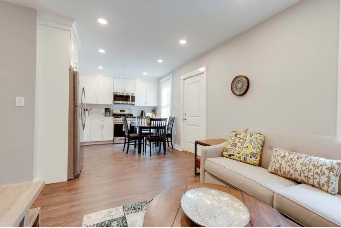 New 3 Bed 2 Bath Tourist House Near Kendall Square Serviced Apartments For Rent In Boston For Rent By Owner Luxury Apartments Boston Apartments For Rent