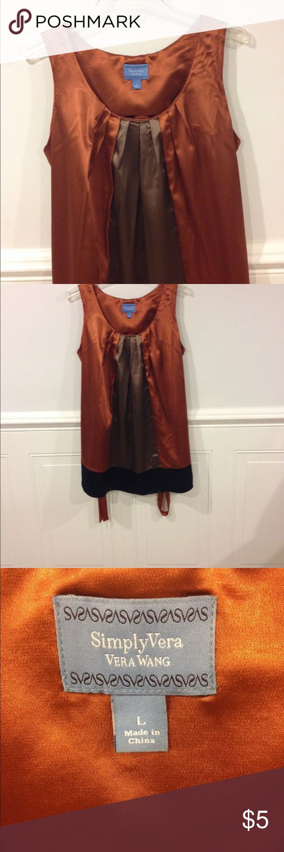 Simply Vera Large top good condition Size Large Simply Vera top good condition Simply Vera Vera Wang Tops