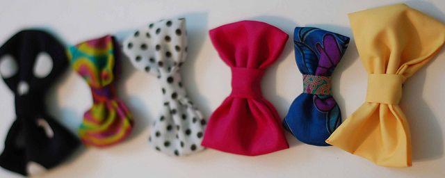 DIY Bow by Stacie Stacie Stacie, via Flickr