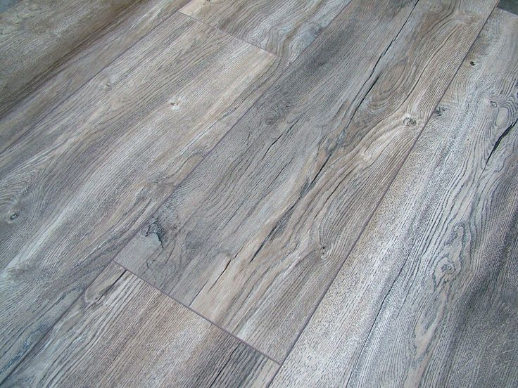 Harbour oak grey laminate flooring pallet deal ac4 8mm 4v for Hardwood flooring deals