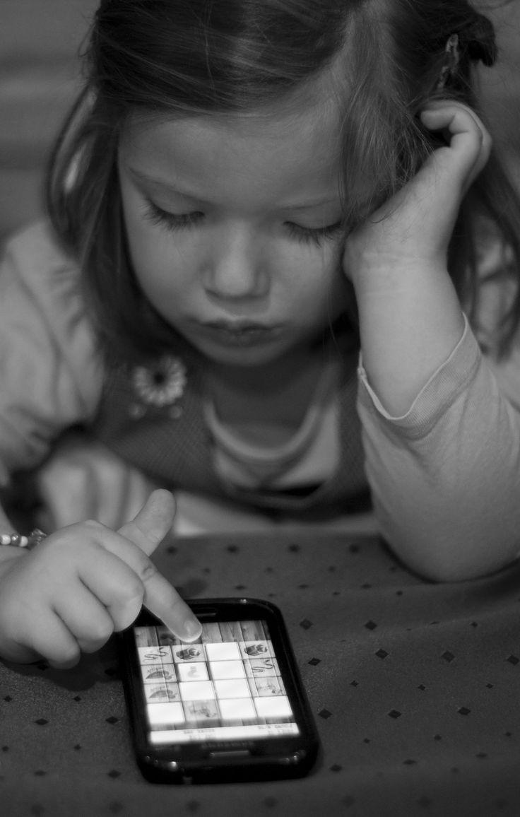 Recomendações da Academia Americana de Pediatria sobre o tempo online das crianças