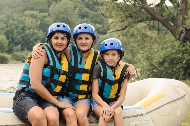 6 Questions To Ask Before Going White Water Rafting in Gatlinburg - http://www.smokymountainrafting.com/blog/whitewater-rafting-tennessee/6-questions-ask-going-white-water-rafting-in-gatlinburg/