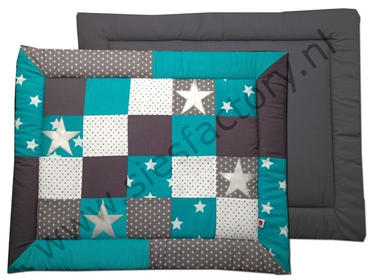 Boxkleed turquoise, grijs en wit met zilveren sterren