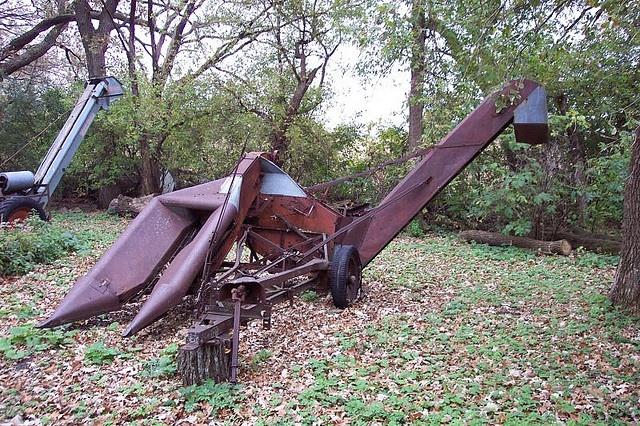 Cartoon Tractor Corn Picker : Best images about antique farm equipment on pinterest
