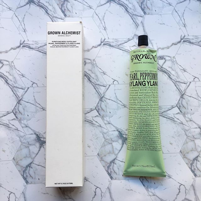 When was the last time you gave your body a good scrub? Exfoliation removes dead skin cells, helping your skin to glow, leaving it refreshed and ready for some serious hydration. Such a good idea with the colder weather coming. Shop now from online Australian stockist Kiana Beauty Melbourne, with free shipping for orders over $50.