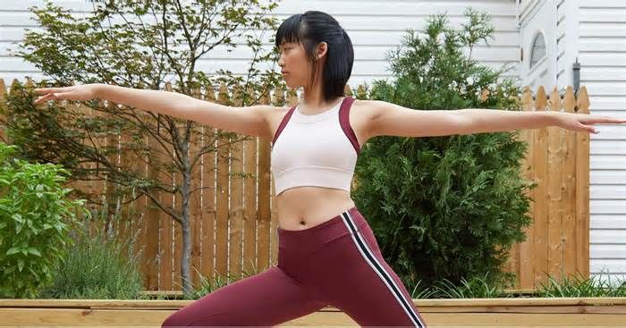 The Best Yoga Power Pose For Your Zodiac Sign Astrological exercises to bring you strength in all aspects of your life. If you look to astrology and to your horoscope, the stars can show you the best yoga power poses to bring you strength and confidence and boost your self-esteem. Whenever I think of ...