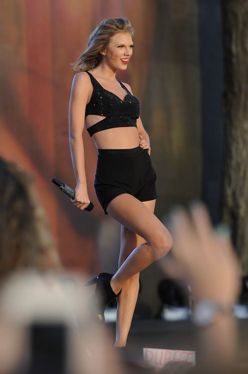Taylor swift I love u.