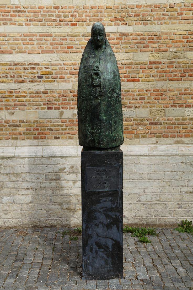 Adrianus VI Pastoor in Goedereede 1492-1507             Paus 1522-1523