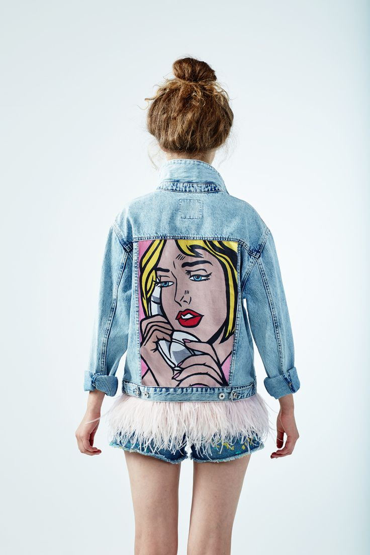 "Denim jacket ""PHONE"" of gently blue color. 100% COTTON.Hand painted, decorated with detachable ostrich feathers of pink colour.Woven label in organic cotton. NOT VINTAGE JACKET!"