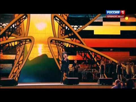 "А Пугачева ""Тянет  сердце руки "" ( "" Новая волна"" 10 10 2015)"