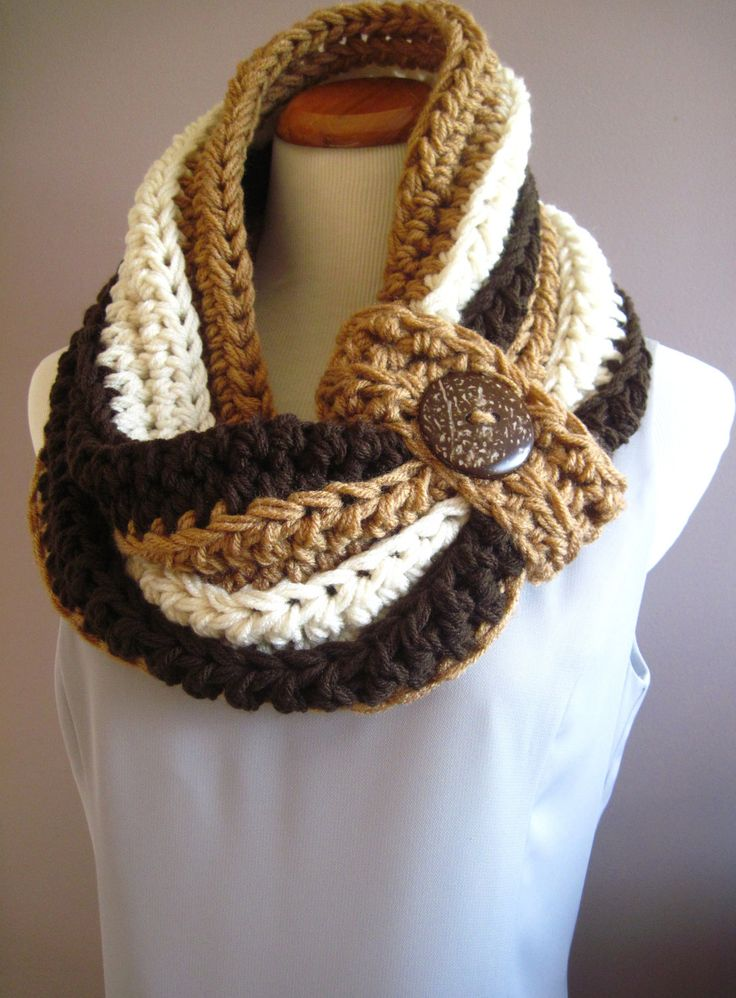Chunky Bulky Button Crochet Cowl:  Shades of Brown and Beige with Big Brown Button. looooove this