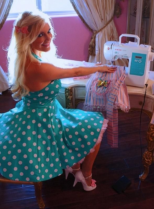 Bridget Marquardt will host her first trunk show to debut her apron collection through her label, Celebrate with Bridget on Friday, June 20 at Sugar Factory Paris.