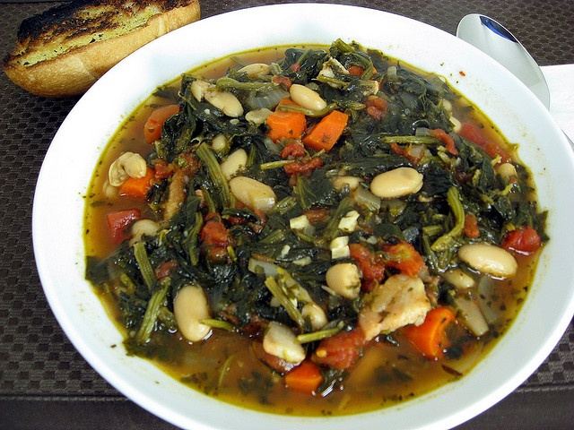 Ribollita (a really ugly picture of a really tasty soup)