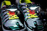 Night Runner 270 on Shark Tank Headlights For Shoe's - Episode 804 - 10/7/2016