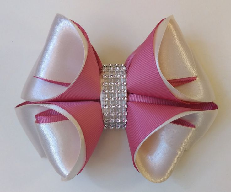 Different, Elegant and Unique! de AranzaHandmadeBows en Etsy