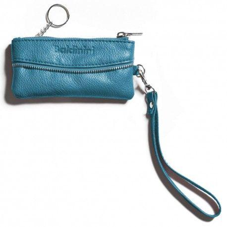 Portchei din piele ecologica EcoLeather cu curea pentru incheietura. Culoare albastru deschis.Ambalat in cutie cadou Baldinini. 13x6cm