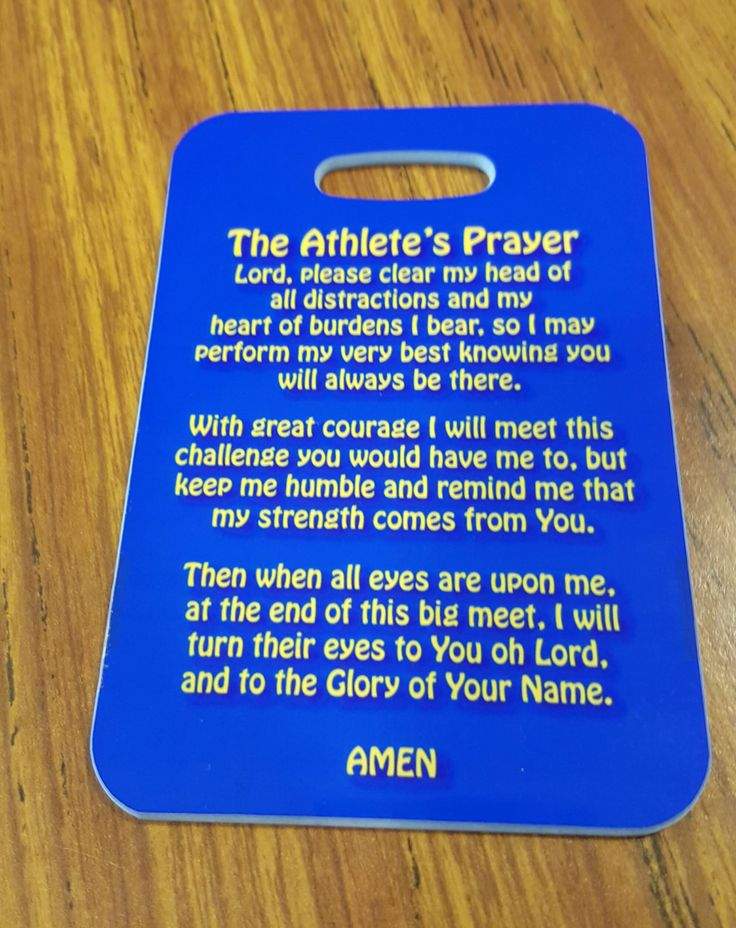 These tags are made from reinforced plastic, with the image imprinted on it. The colors are vibrant and the finish is a high gloss. Excellent for athletes bags!. Included is a black handle for easy an