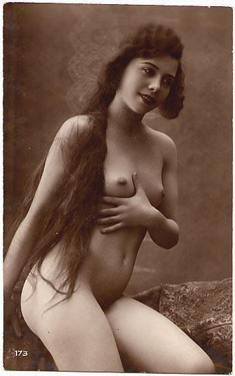 vintage pics of nude women