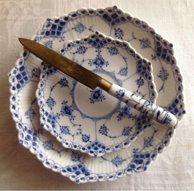 LilyOake: Royal Copenhagen Blue Fluted Half Lace saucers and Blue Onion fruit knife