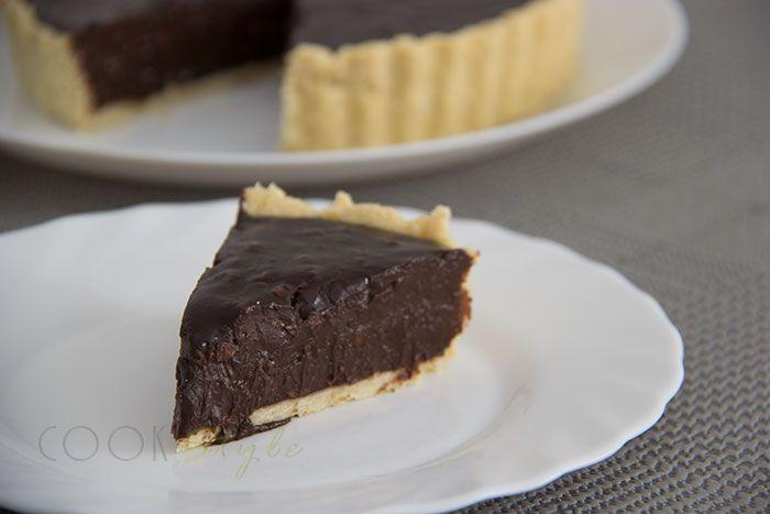 Hazelnut dark chocolate tart