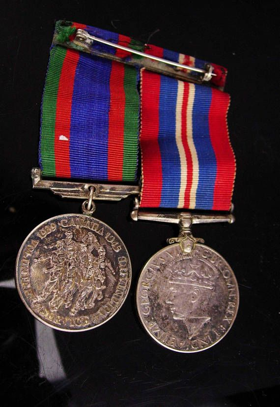The CVSM is granted to persons of any rank in the Naval, Military or Air Forces of Canada who voluntarily served on Active Service and honourably completed eighteen months total voluntary service from 3 September 1939 to 1 March 1947. On one side it has seven marching figures,