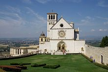 Basilica di San Francesco - Vista frontale della Chiesa superiore