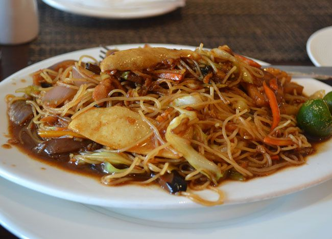 Pancit Bihon Guisado - Top 10 Filipino Food - or our full top 10 Filipino food check here: http://live-less-ordinary.com/eating-asia/top-10-filipino-food-pinoy-food
