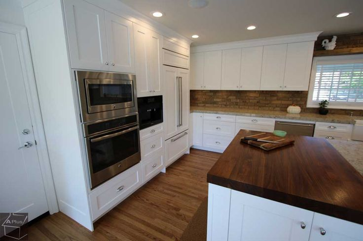 Transitional Rustic #Kitchen #Remodel #woodfloor #whiteCabinets