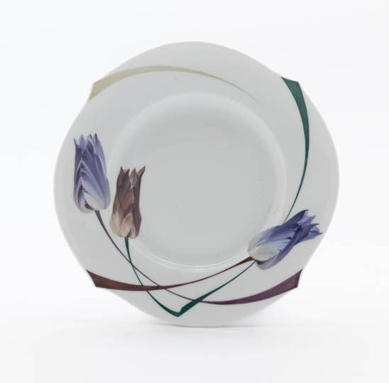 Plate, Tulip and poppy, white rim, ø 19 cm