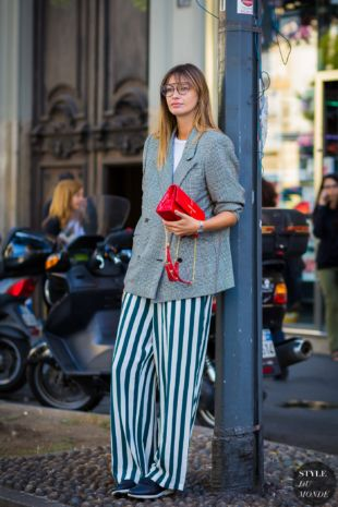 Clara Racz Street Style Street Fashion Streetsnaps by STYLEDUMONDE Street Style Fashion Photography