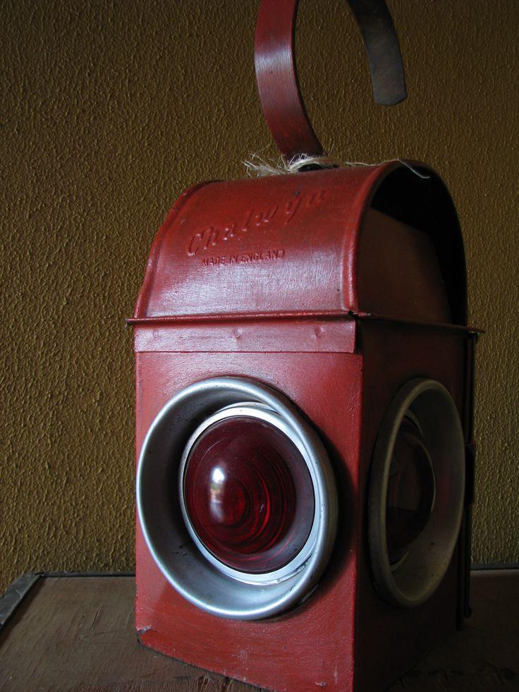 Vintage Chalwyn Railroad/Traffic Lantern