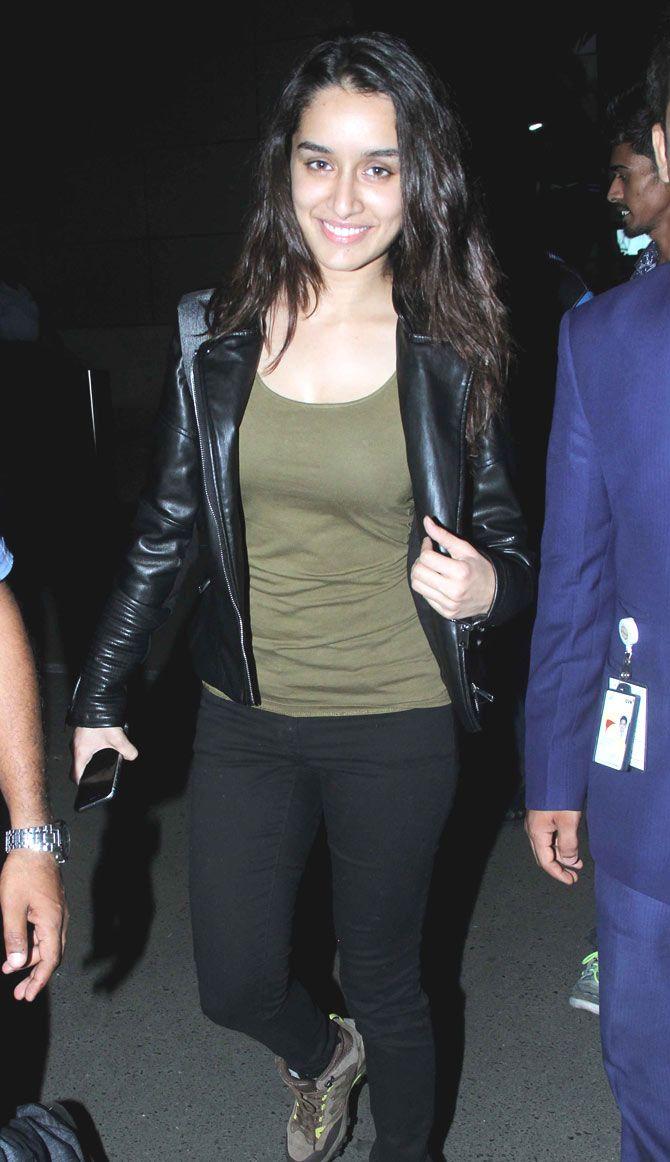 Shraddha Kapoor smiles for the shutterbugs at the Mumbai airport. #Bollywood #Fashion #Style #Beauty