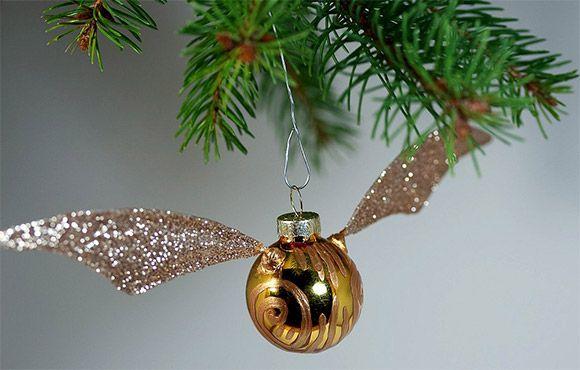 DIY Harry Potter Snitch Christmas ornament--for my Joe!!