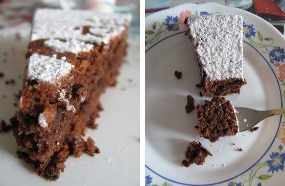 Ciasto Caprese jest slodkoscia o neapolitanskim rodowodzie, a dokladnie z Capri. Glowne skladniki to czekolada i migdaly, bez dodatku maki....