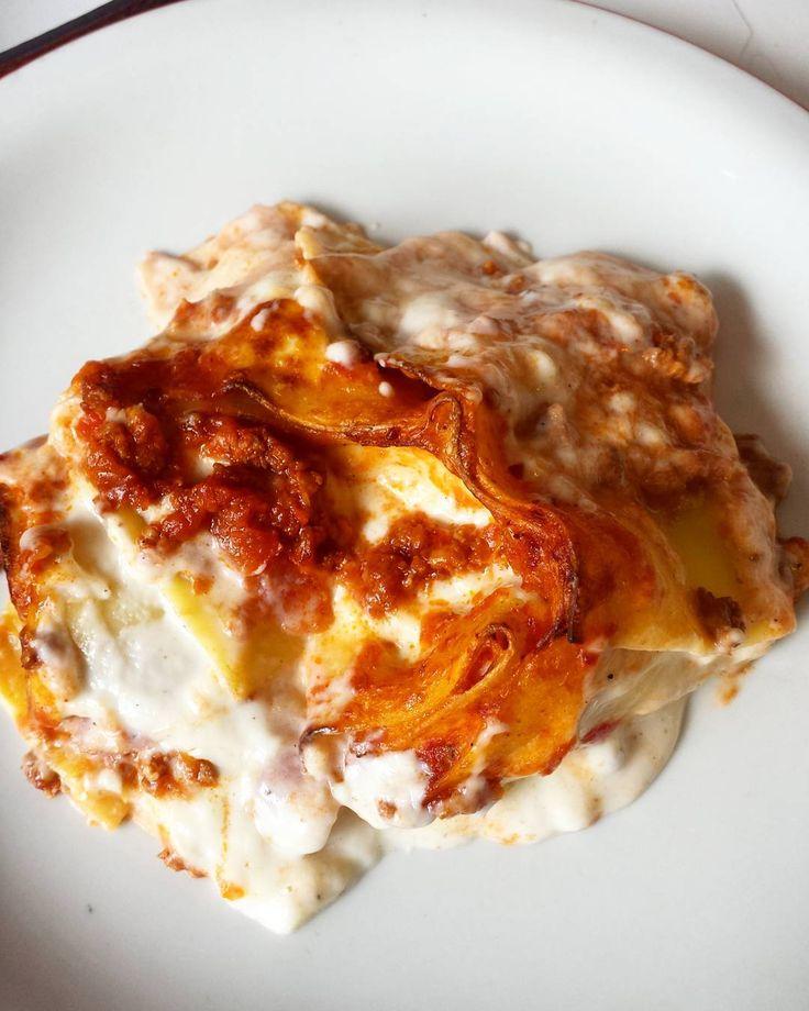 Nidi di rondine  #yummy #food #foodporn #rivieraromagnola #riccione #rimini #ilpolloamodomio #peccatidigola #cucina #cucinachepassione #gastronomia #italy #madeinitaly #pranzo #italianfood #italia #mangiarebe #romagna #buongustai #vialedante #chef #comeacasa #libidine by il_pollo_a_modo_mio