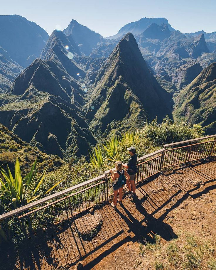 Incredible view over the Cirque de Mafate Cap Noir, Reunion Venez profitez de la Réunion !! www.airbnb.fr/c/jeremyj1489